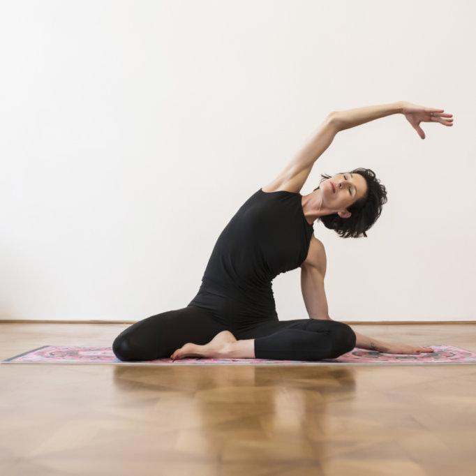 gudrun kohla_ pilates yoga vienna_mat_mermoaid_03